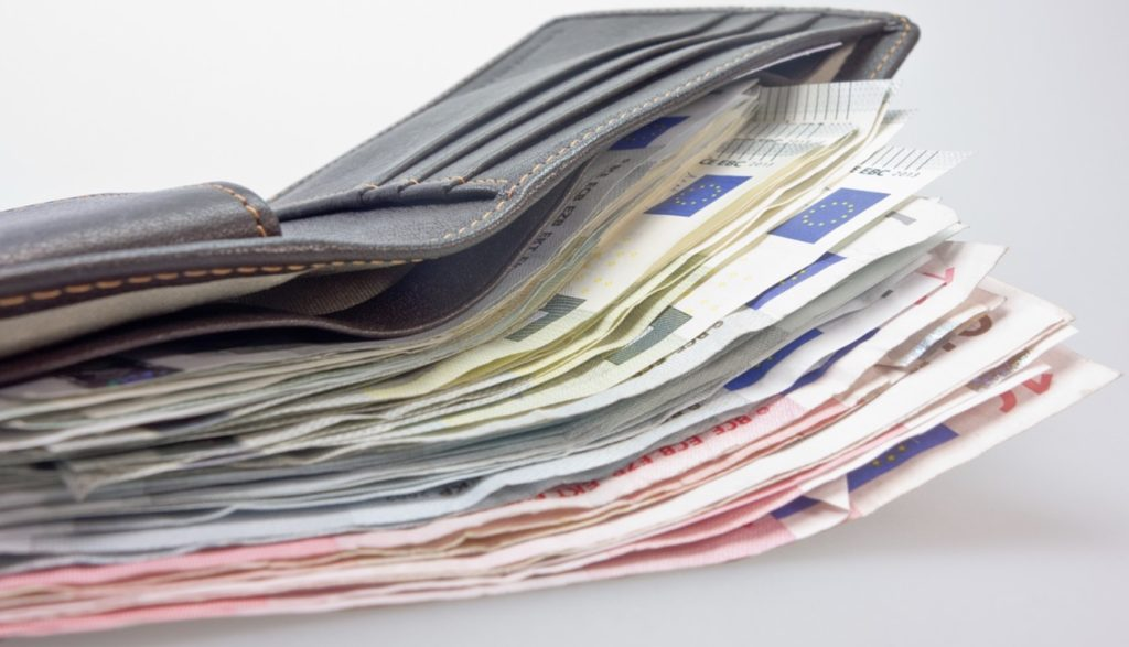 Jaki wpisać kod promocyjny, by dostać kasę od bukmachera? Bonusy 2020!